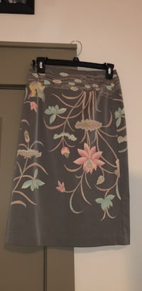 Skirt size M Sandy Springs, 30328