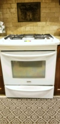 Kenmore oven,nothing wrong with it ne Vaughan, L4L 5C9