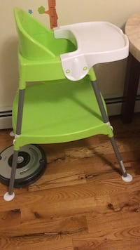 green and gray plastic chair New York, 11234