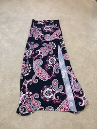 maxi skirt  Johnson City, 37615