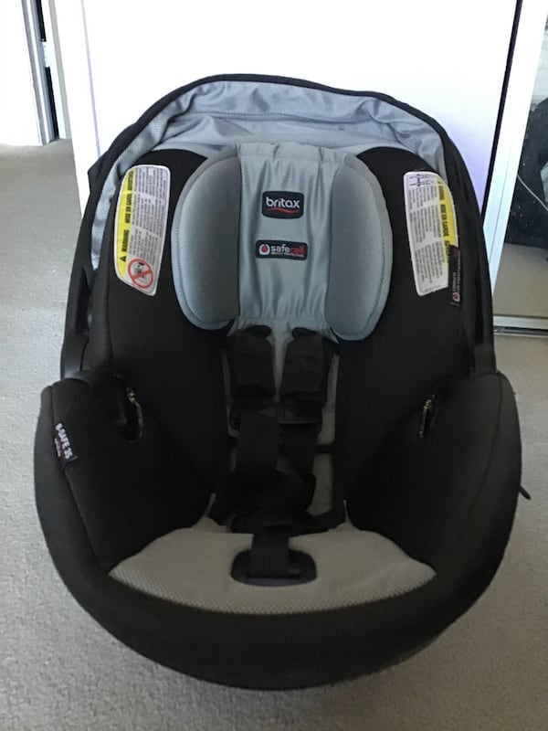 Britax B-safe infant car seat with extra cover and base, Sept 2017 22fef988-589d-4ad8-a1b3-abf90a55de02