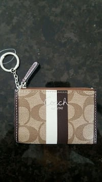 brown Coach monogram canvas card holder Surrey, V4N 1B1