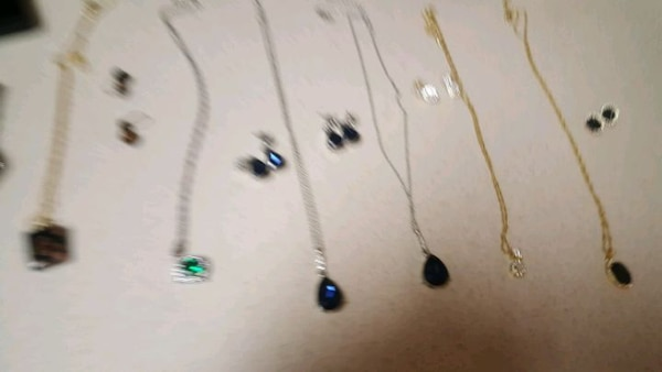 YOU GET A TOTAL of 23 jewelry pieces! bcef4d92-f907-4cdb-8e04-4771390db5a6