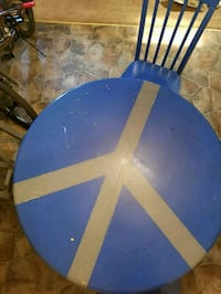 Peace Sign Dining Room Table w 4 Chairs Chesapeake
