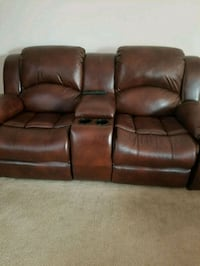 brown leather 3-seat recliner sofa Chula Vista, 91914