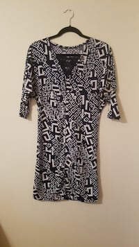 black and white printed blouse Asheville, 28805