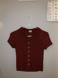 Burgundy button top Victoria, V8N 3H6