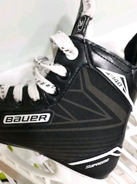 Size Y12 Bauer Skates, for a small child Toronto, M2N 0A3