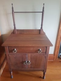 Antique Wash Stand King