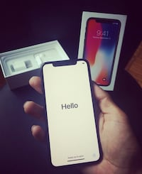 iPhone X 256gigUNLOCKED in box mint condition Ottawa, K2P 0M3