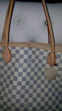 brown and white Louis Vuitton leather tote bag Mississauga, L5T 2L8