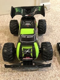 RC car with Battery (great condition) Lovettsville, 20180