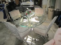 Dining table and 4 padded chairs FREDERICK