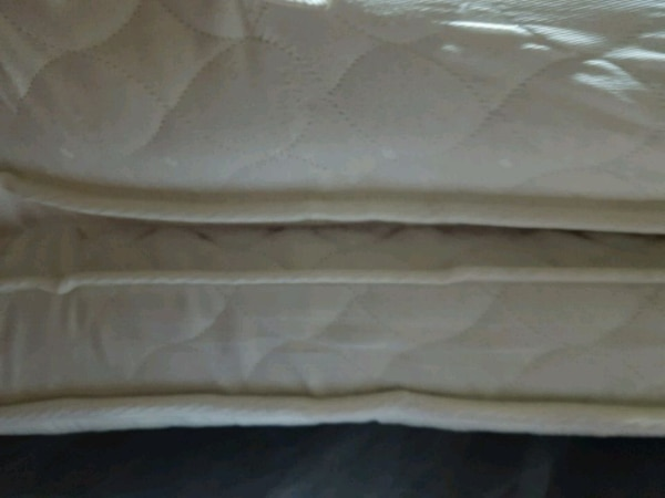 King size mattress and 32 inch TV  a6a27ad2-42ff-499d-8ee6-56a9877eebfb