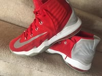 pair of red Nike basketball shoes London, N6E 2A1