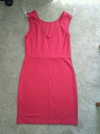Red dress $7 FIRM HUGS THE BODY Tucson, 85712