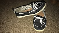 Size 8/9 black and white boat shoes Columbus, 43205