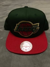 Black and red new era 9fifty snapback Los Osos, 93402