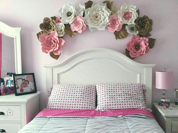 Used Paper Flowers Backdrop For Sale In Vaughan Letgo
