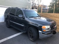 2004 GMC Yukon Chantilly