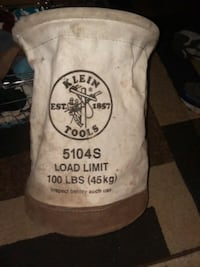Klein Tools bag with hanging hook and rope