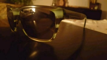 Marc Jacobs unisex sunglasses. Green and Gold frames!