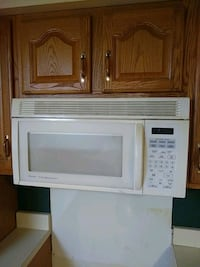 white General Electric microwave oven Beaver, 15009