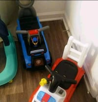 toddler's red and black ride-on toy car Woodbridge, 22192