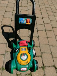 green and black push mower Longueuil, J3Y 4A2