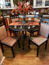 round glass top table with four chairs dining set Modesto, 95355
