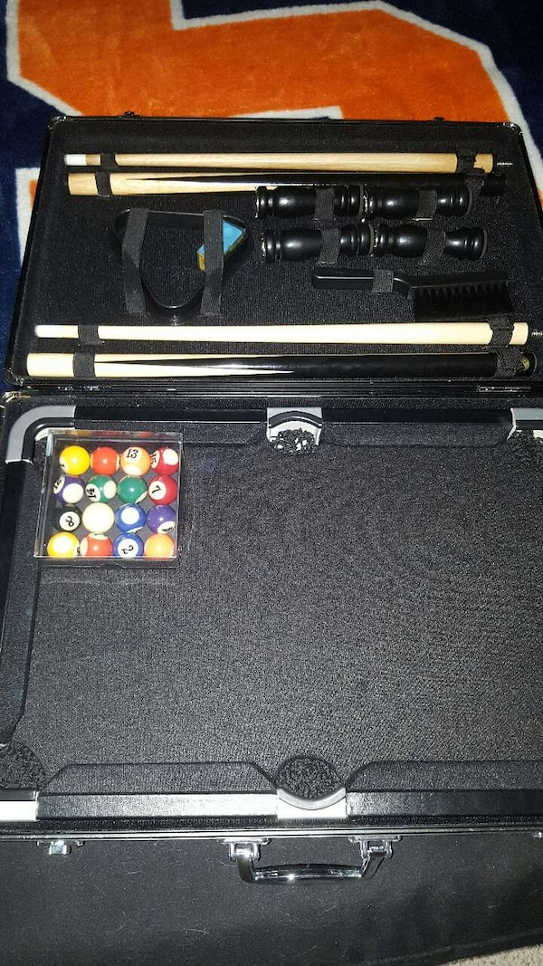 Used Portable Mini Pool Table In A Briefcase For Sale In Las Vegas - Used mini pool table