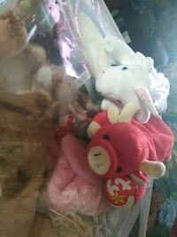 pink and white bear plush toy Cheney, 99004
