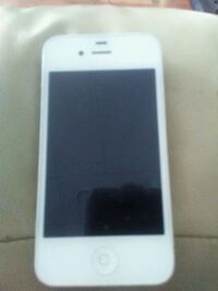 white iPhone 4 with case Chilliwack