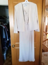 2 beautiful dresses for sell Laval, H7P 6G7
