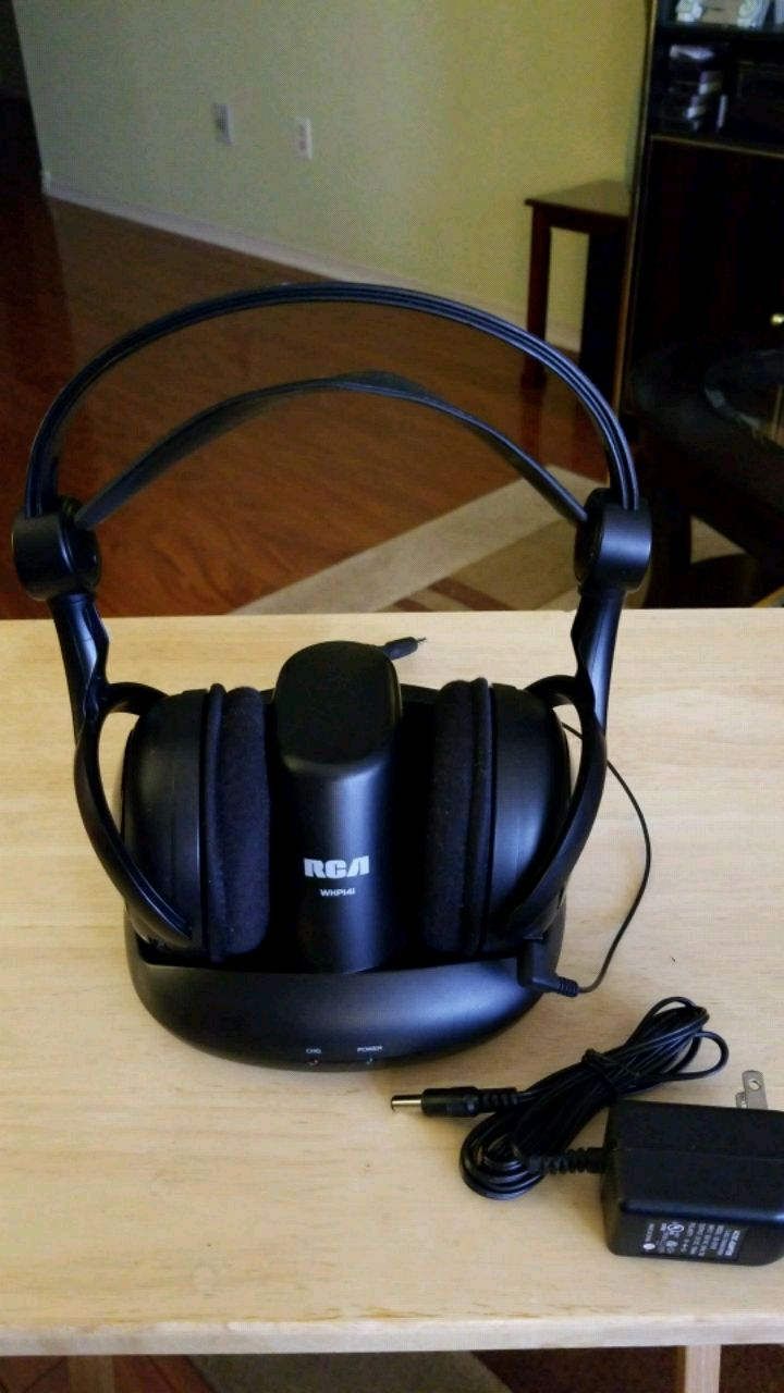 Rca Whp141 900mhz Wireless Stereo Headphones Whp141b Image
