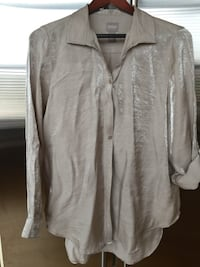 gray button-up long-sleeved shirt 285 mi