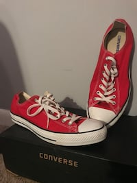 Converse Lows Red, Size 12 Reston