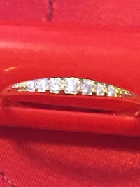 Size 8 14k dainty gold and diamond ring brand new Seattle, 98103