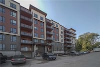 One bedroom luxury condo for rent in South Barrie Barrie, L4N
