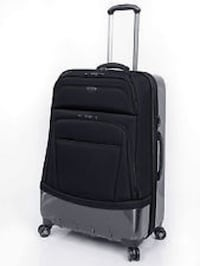 "Ricardo Beverly Hills Wilshire 28"" Expandable Checked Luggage, NEW - $250 Mississauga"