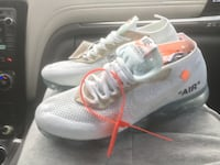 pair of white-and-orange Nike running shoes Pembroke Pines, 33029