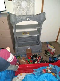 Castle toy box $25 Martinsburg, 25405