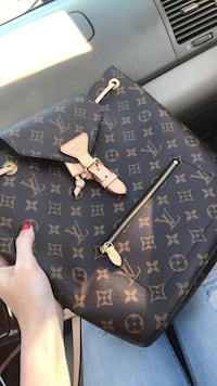 Black and brown louis vuitton monogram tote bag Des Moines, 50315