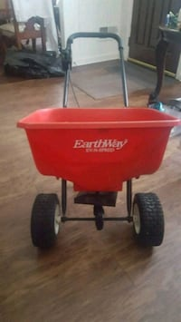 red and black Radio Flyer wagon Temple Hills, 20748