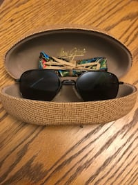 MAUI JIM MAVERICKS WORN COUPLE TIMES Langley City