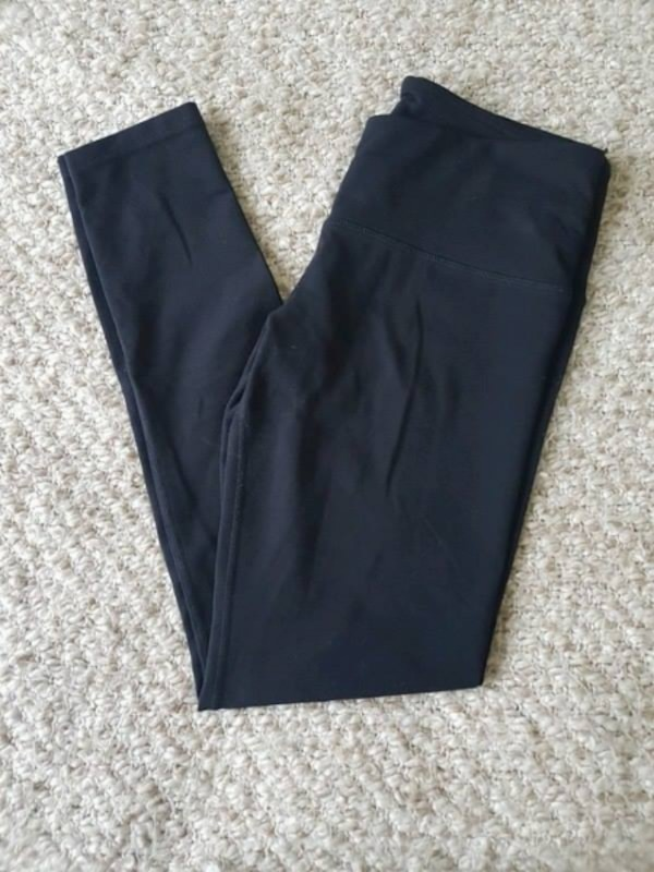 Tuff Athletics Yoga Pants size small 03a21d17-5efb-4b35-87a2-4a7aad703e60