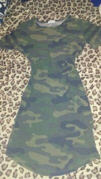 Ladies new sz sm camo tight mini $10firm Winnipeg, R3T 3X8