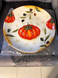 ceramic plate bran new with box great for spaghetti or pizza