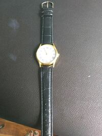 Quertz older style womens watch Omaha