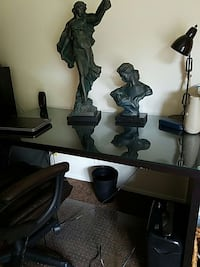 large desk, great shape with glass top San Antonio, 78230